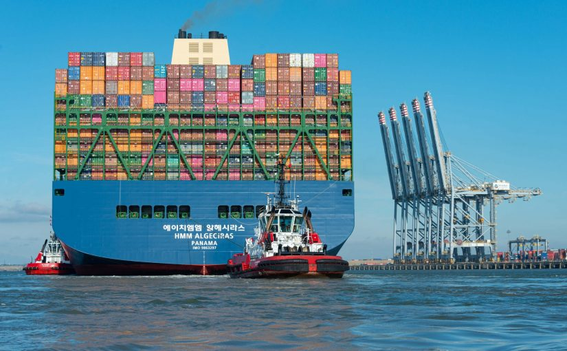 The Container Ship that can Carry 29 Billion USD Worth of iPhones